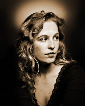 Tift Merritt, Minneapolis, June, 2002 . © Tony Nelson